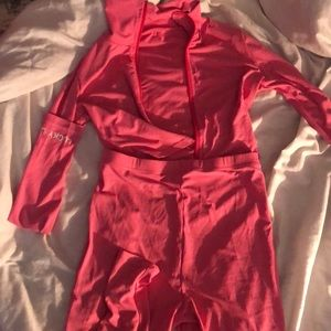 I'm selling a two piece Lucky Labsl set